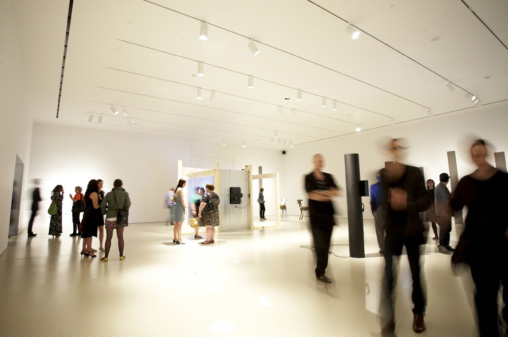 Art Gallery of Hamilton - New Member Tour & Shopping Event