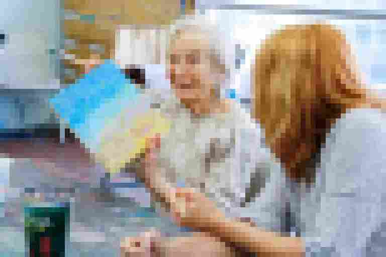 Artful Moments: Virtual Gallery Experiences for Persons with Dementia