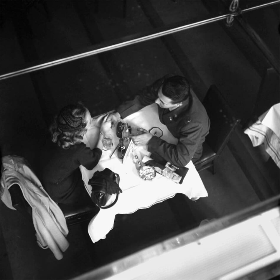 Vivian Maier (American 1926-2009), New York, NY, April 1953, ©Estate of Vivian Maier, Courtesy of Maloof Collection and Howard Greenberg Gallery, NY