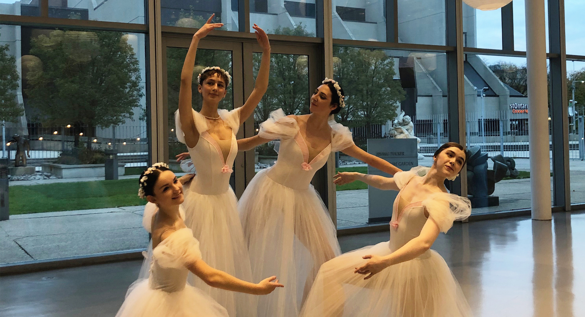 Support the Arts at The AGH Dream: A Virtual Gala Experience